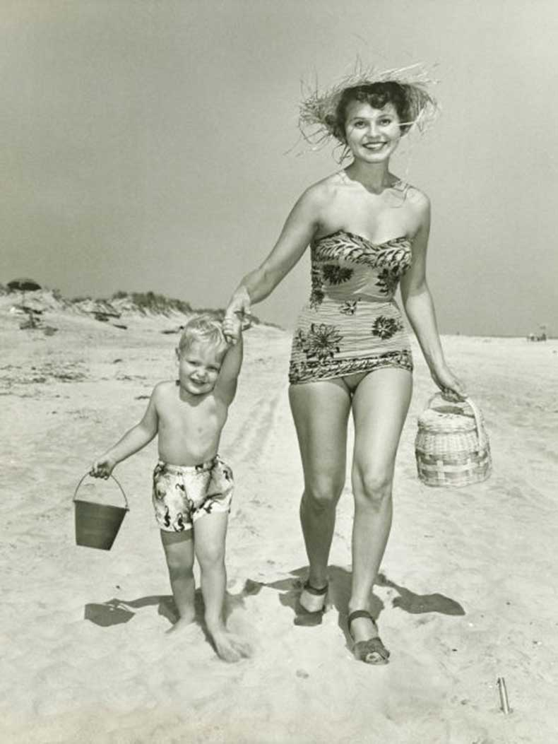 54fea0aec6d3a-ghk-12-1940s-figure-flattery-history-of-the-bathing-suit-s2