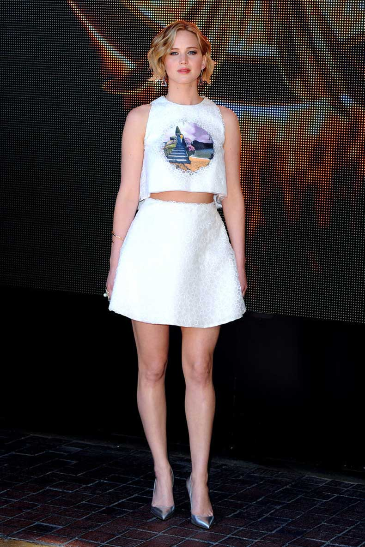 Another-win-Jennifer-laid-back-matching-Dior-set-she