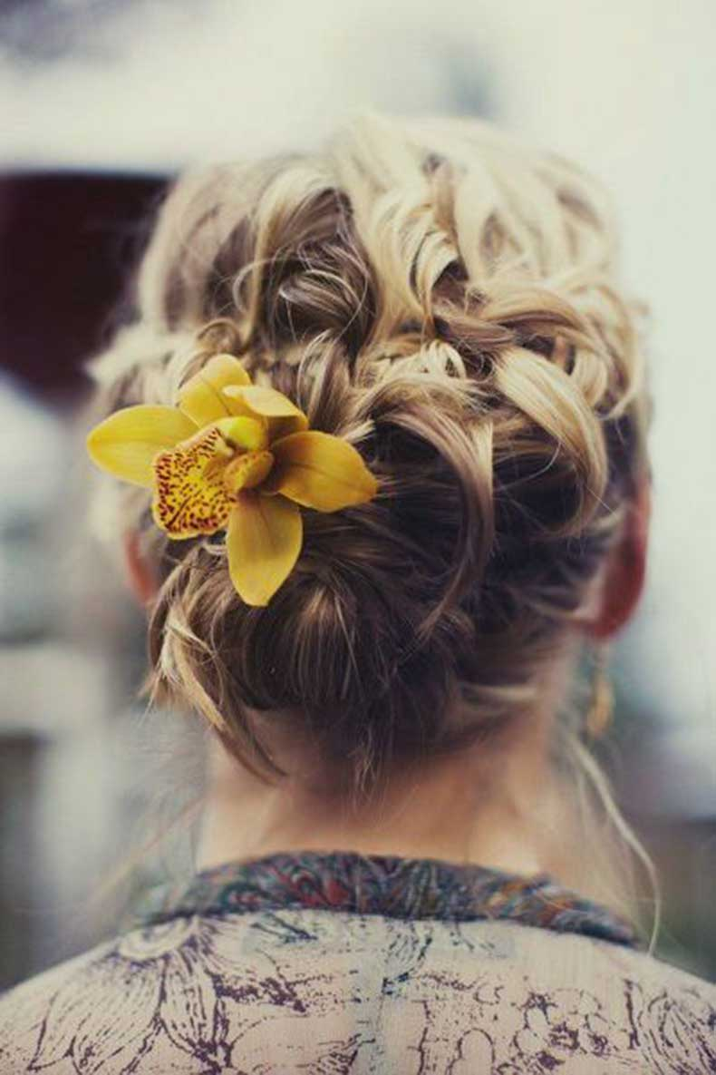 Boho-Twist-with-a-Flower
