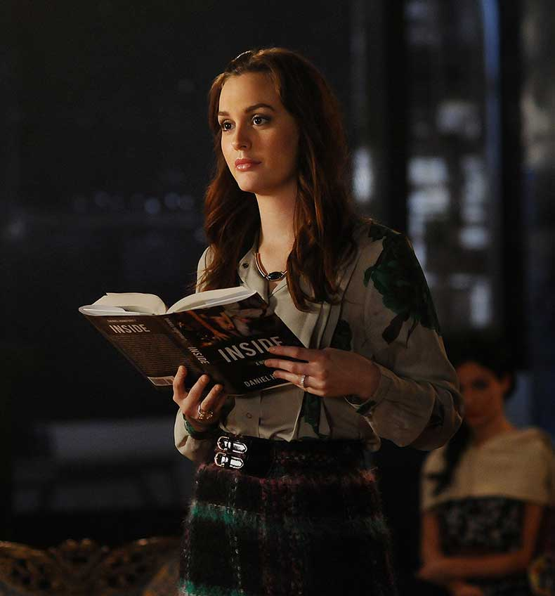 Gossip-Girl-5-16-Cross-Rhodes-blair-waldorf-28940620-2328-2500