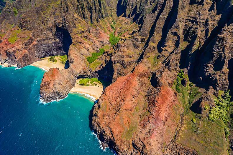 Honopu-Beach-Kauai-Hawaii