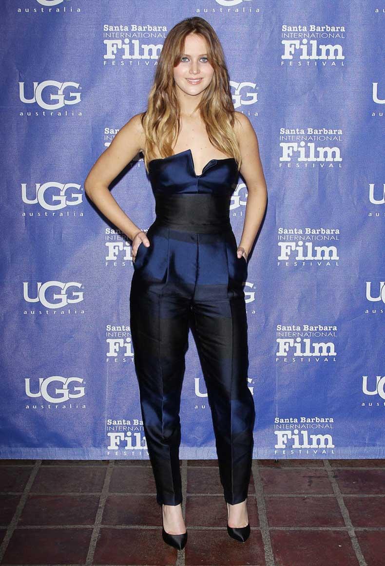 How-fabulous-does-Jennifer-Lawrence-look-blue