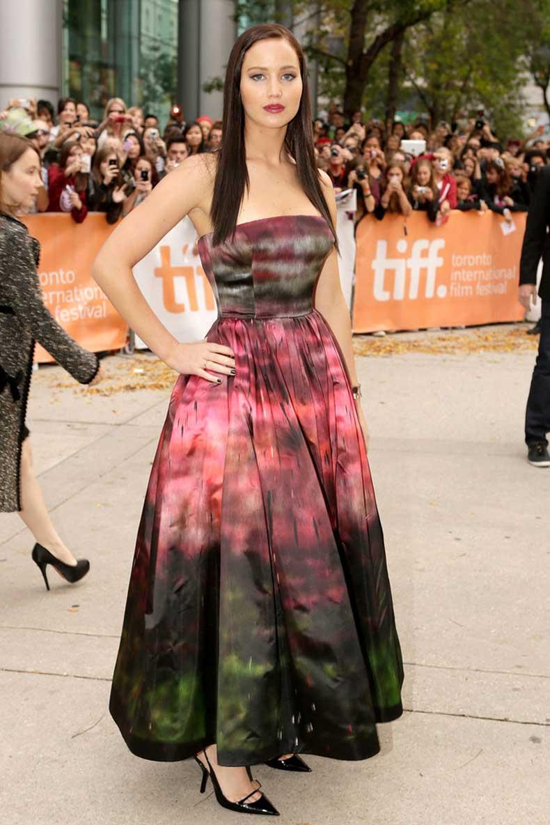 How-stunning-ombré-effect-dress-she-wore-Toronto