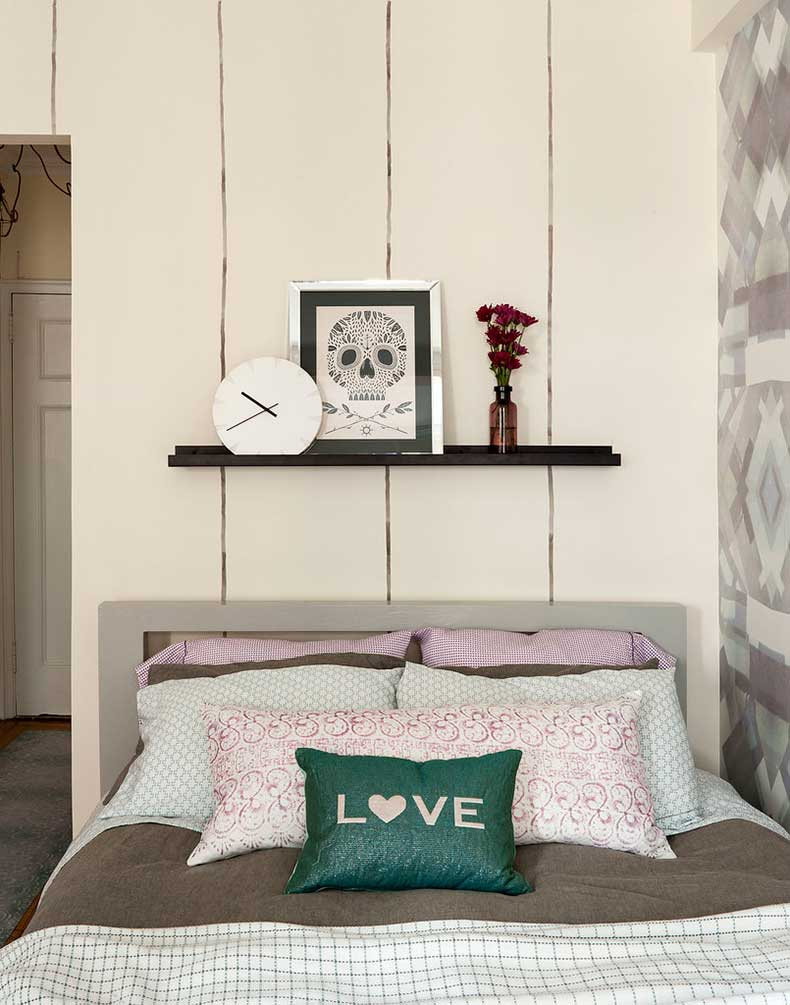 LS-apartment-we-opted-place-bed-corner