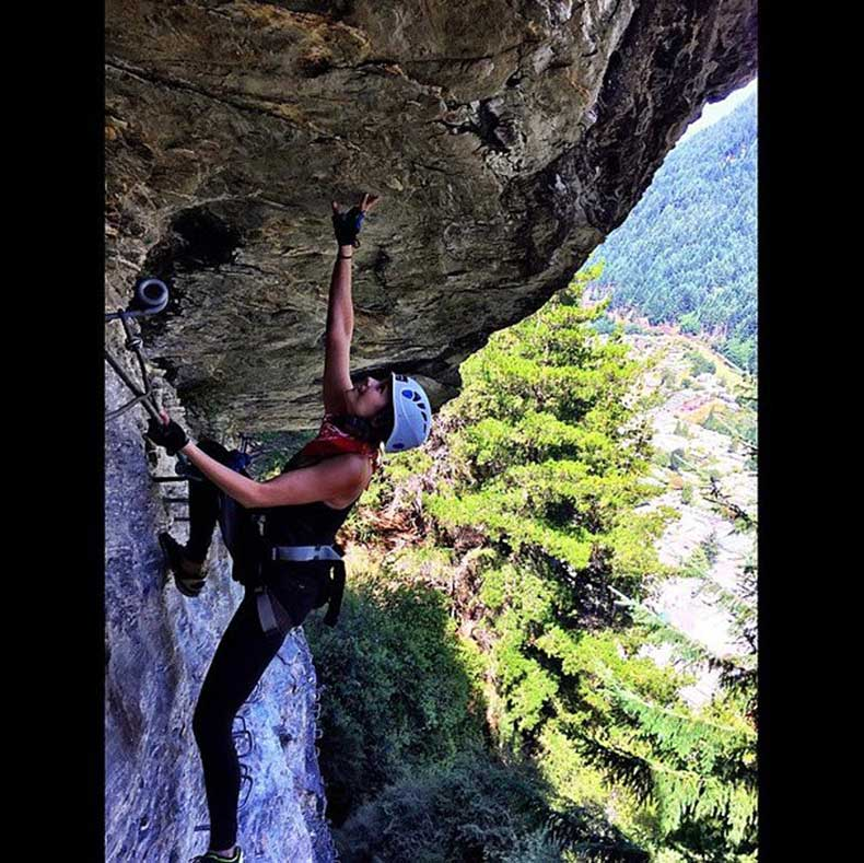 Nina-Dobrev-tbt-post-her-rock-climbing-New-Zealand