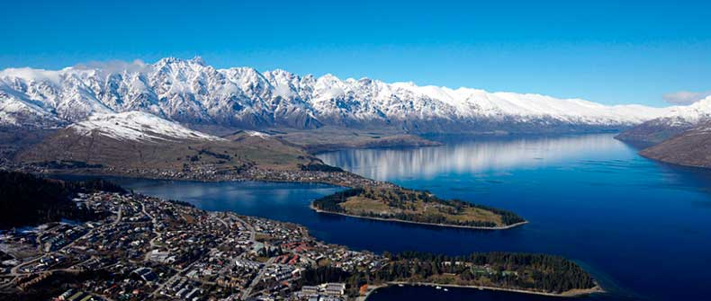 Queenstown_in_Winter-2