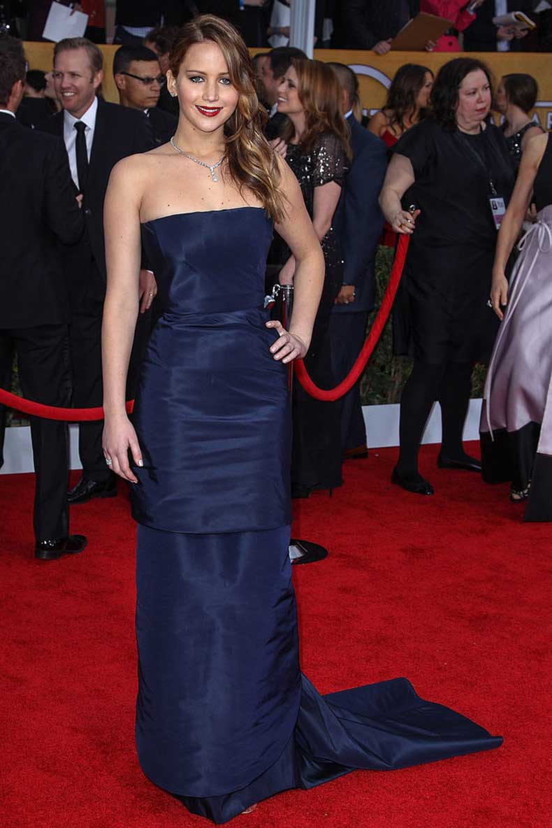 She-opted-midnight-blue-Christian-Dior-Couture-fishtail-gown