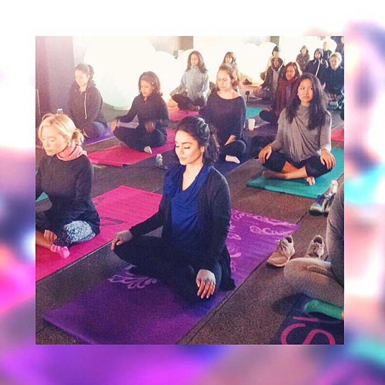 Vanessa-Hudgens-started-her-morning-off-yoga-meditation