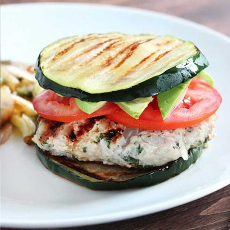 herbed-turkey-burgers-with-zucchini-buns