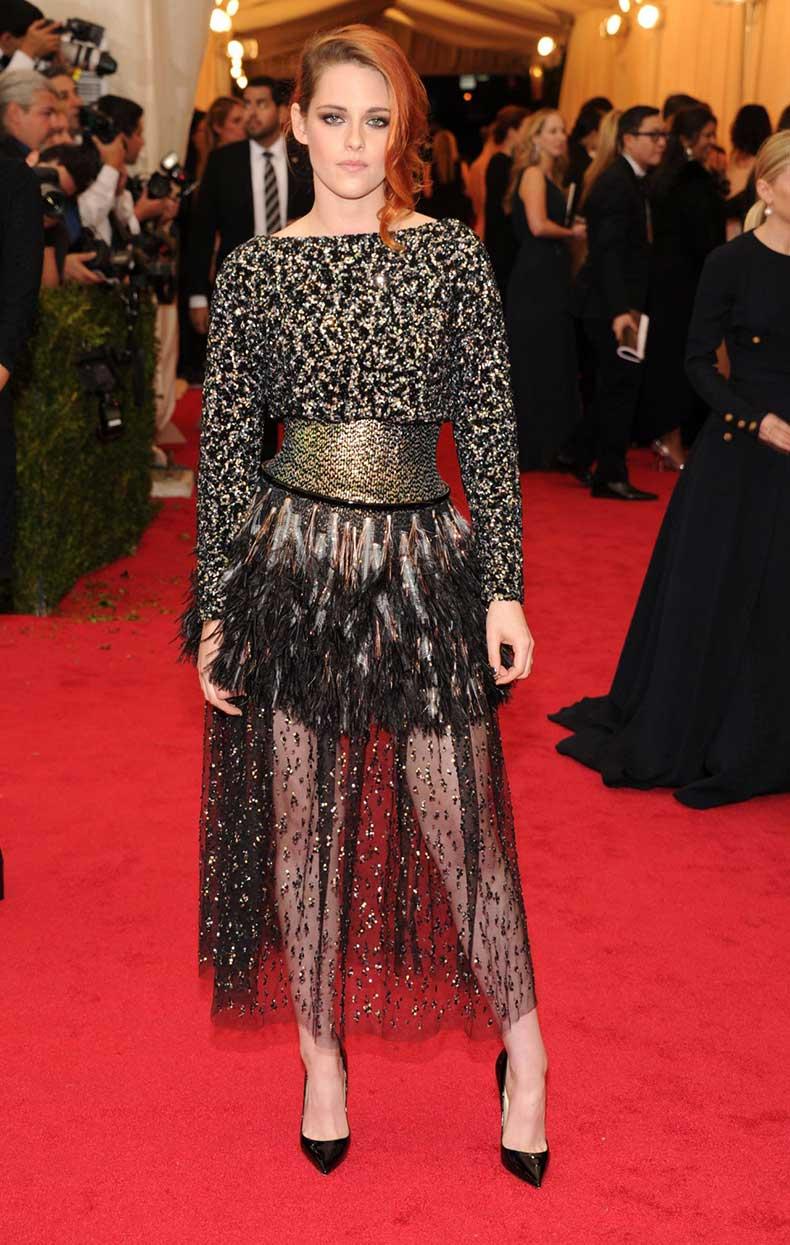 kristen-stewart-in-chanel-2014-couture-dress-2014-met-costume-institute-gala_5