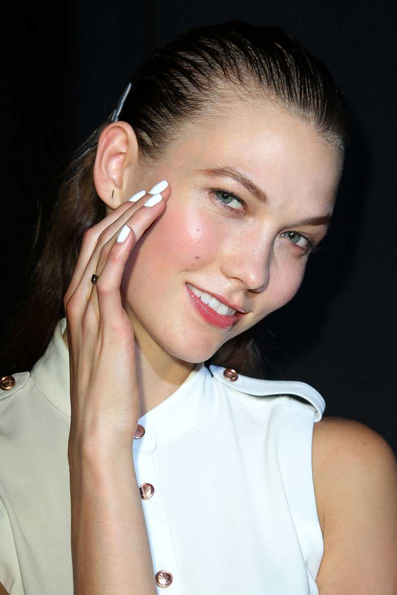 spring_summer_2013_nail_trends_white_nail_polish