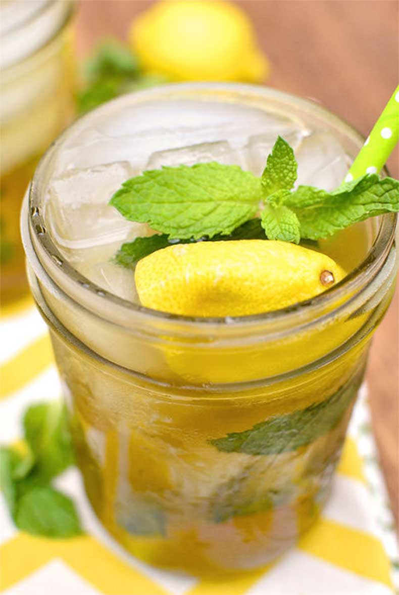 1432316519-1431982434-sweet-tea-vodka-lemonade-2