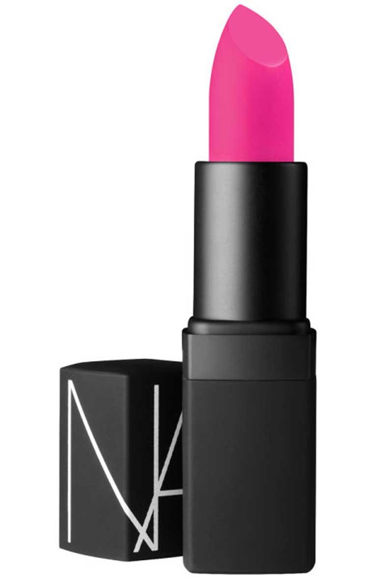 1438353526-hbz-iconic-lipsticks-12