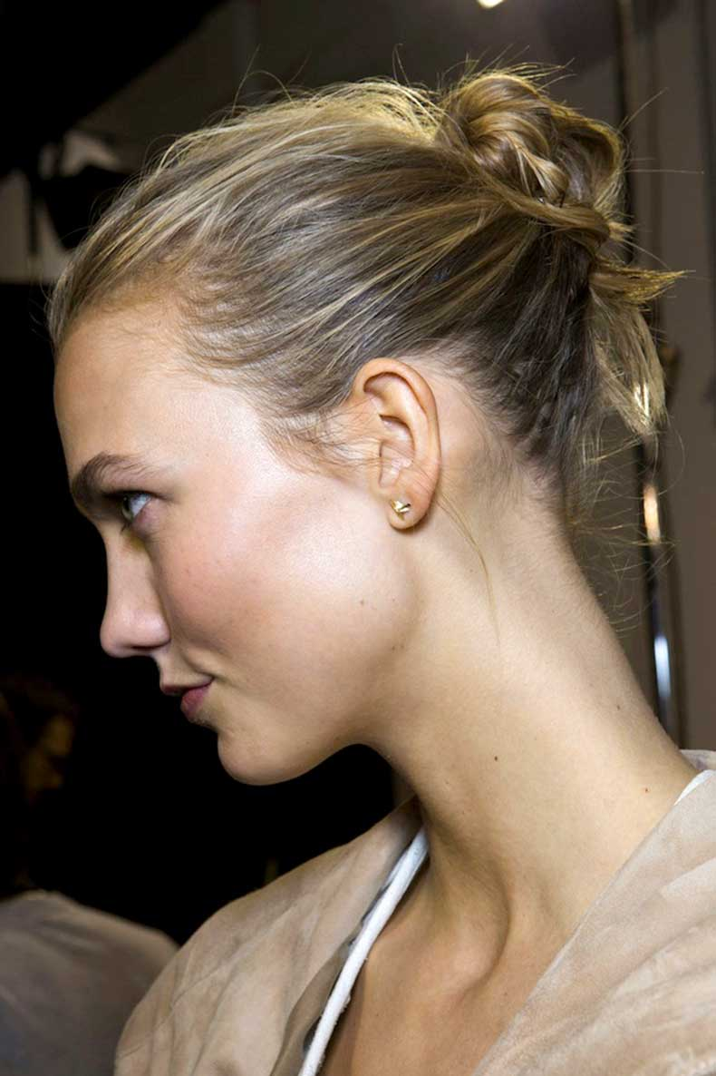 9-Le-Fashion-Blog-Backstage-Beauty-Hair-Inspiration-Twisted-Messy-Buns-Isabel-Marant-FW-2015-Karlie-Kloss-Textured-Up-Do-Top-Knot