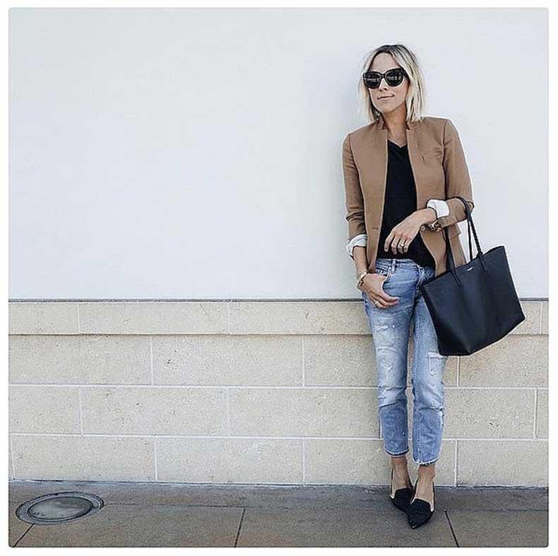 Boyfriend-Jeans-Tan-Blazer-Black-Flats