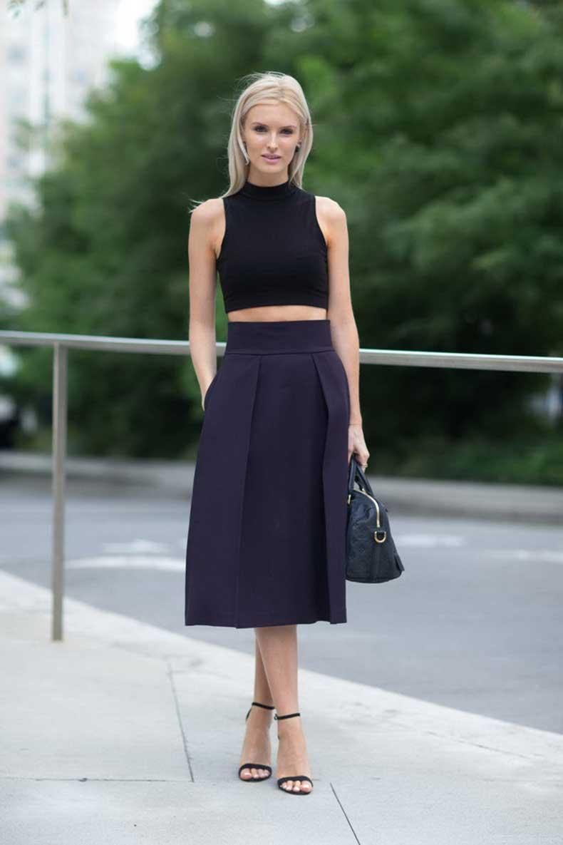 Fashion-Trend-with-Black-Midi-Dress