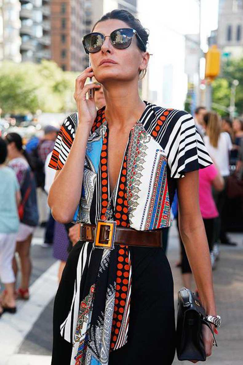 Giovanna-Battaglia-colorful-outfit