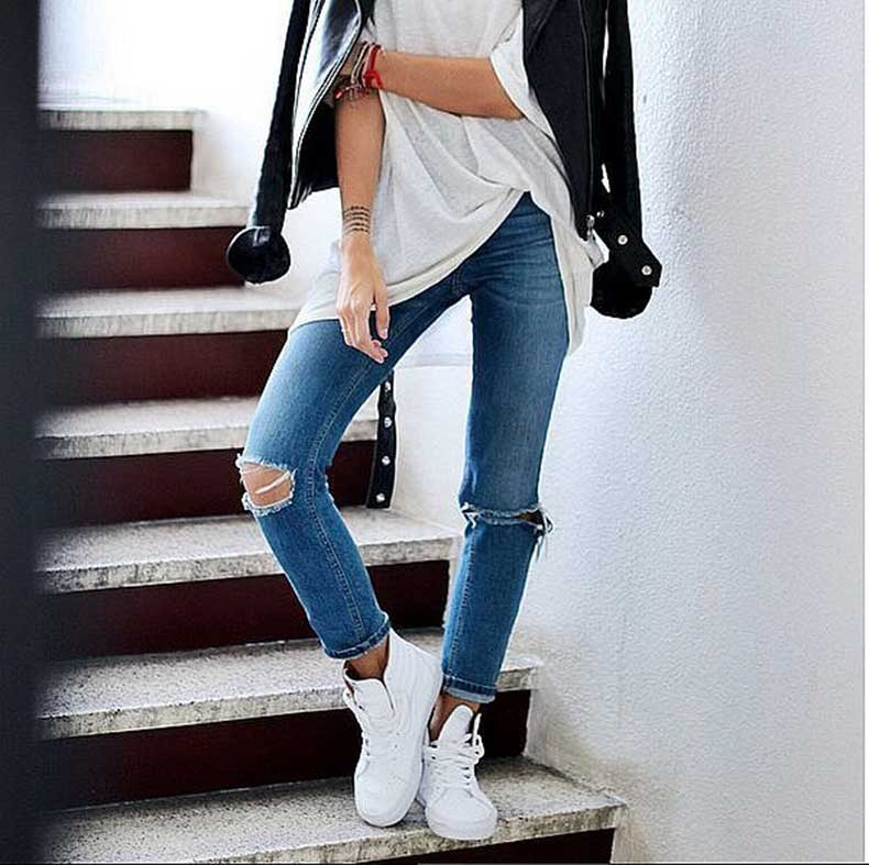 Jeans-White-Tee-Leather-Jacket-Sneakers
