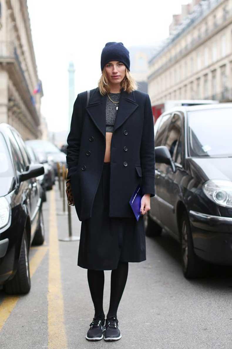 Veronika-Heilbrunner-black-outfit