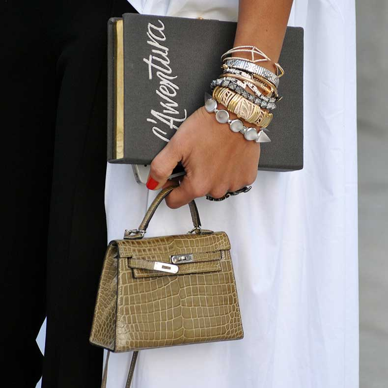 1_-_Personal-Shopper-01-street-style-jewelry-bracelets-gold-diamonds-stacked