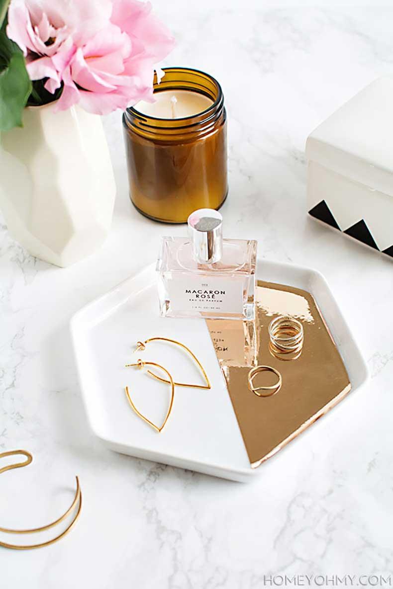 DIY-Mirrored-gold-hexagon-tray