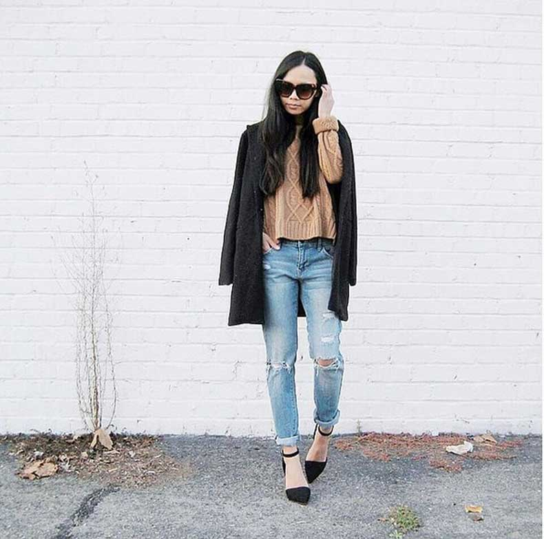 Distressed-Jeans-Sweater-Heels