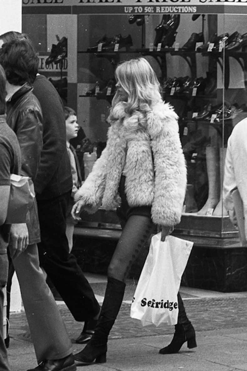 Le-Fashion-Blog-1970s-70s-Street-Style-Vintage-Photos-Shag-Shaggy-Fur-Coat-Shorts-Tights-Suede-Knee-High-Boots-Tres-Blase