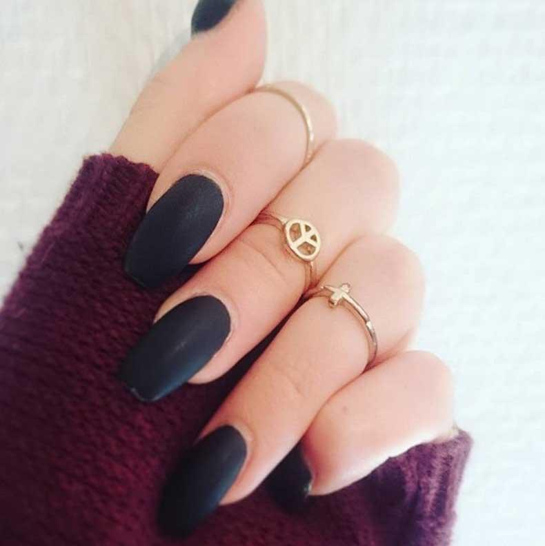 Matte-Manicure-Ideas-(18)