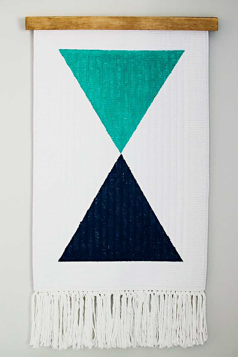 Turning-simple-bath-mat-cool-wall-hanging-actually-easier