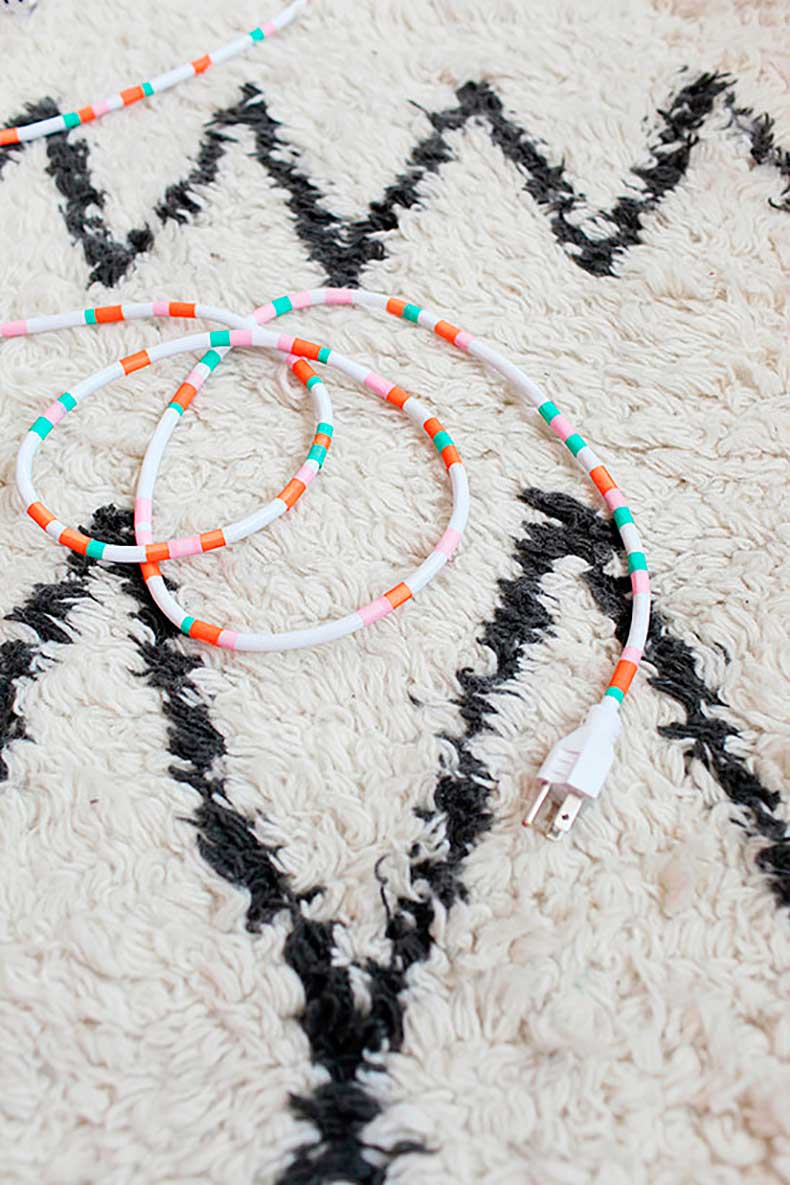 Ugly-cords-become-decorative-accessories-thanks-washi-tape