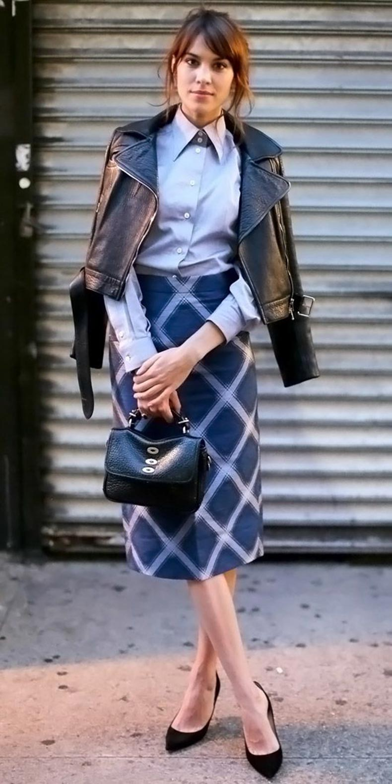printed-pencil-skirt-windowpane-prints-midi-skirt-moto-jacket-black-leather-moto-jacket-black-pumps-mini-bag-alexa-chung-via-instyle