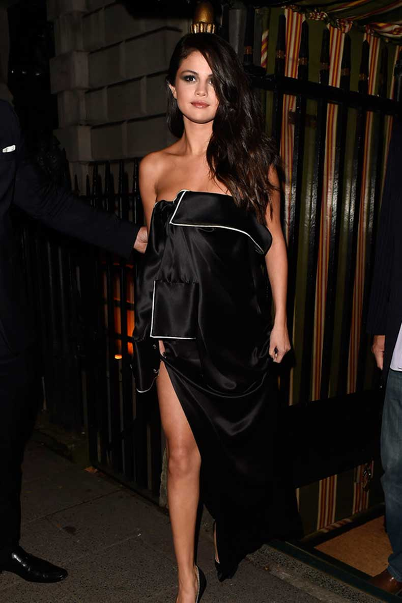 selena-gomez-revival-style-outfits-04