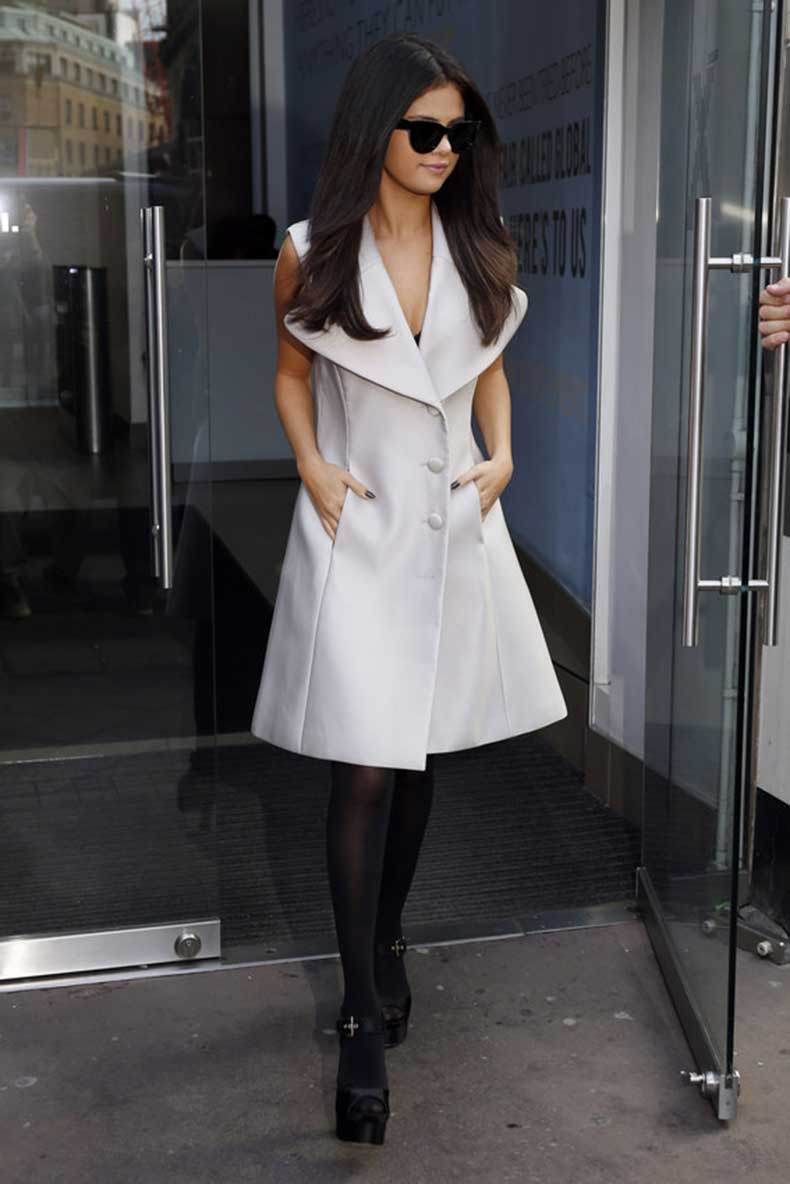 selena-gomez-revival-style-outfits-07