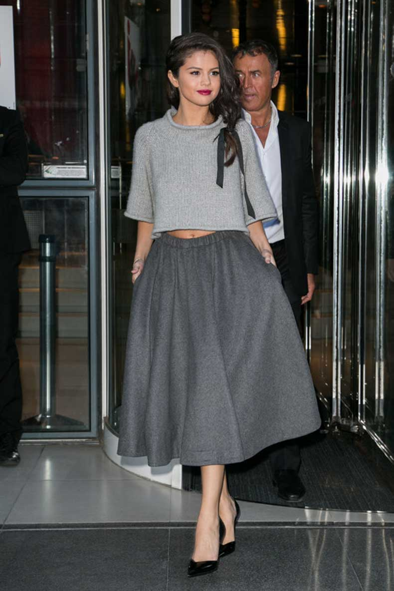 selena-gomez-revival-style-outfits-14