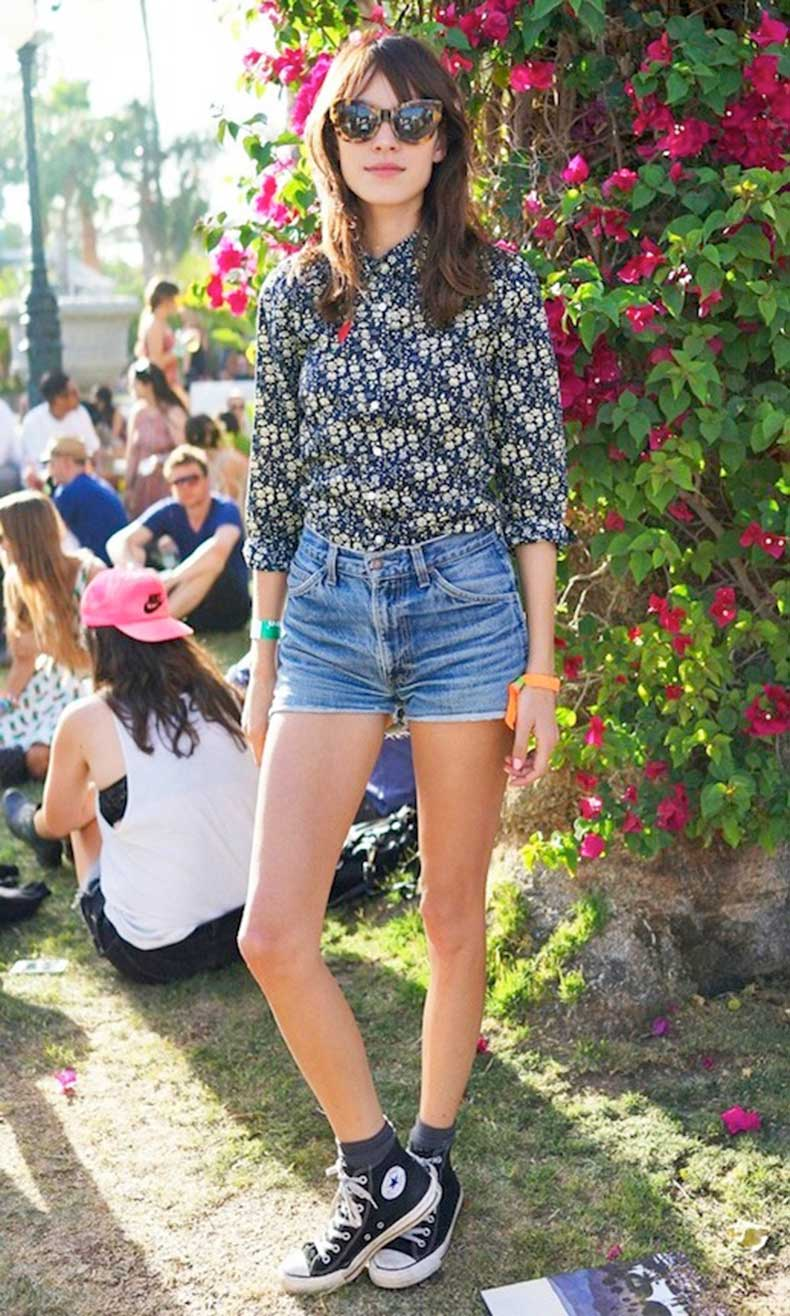 12-Le-Fashion-Blog-40-Of-Alexa-Chung-Best-Looks-With-Denim-Shorts-Cat-Eye-Sunglasses-Floral-Shirt-Jean-Cut-Offs-Converse-Festival-Style-Via-InStyle-UK