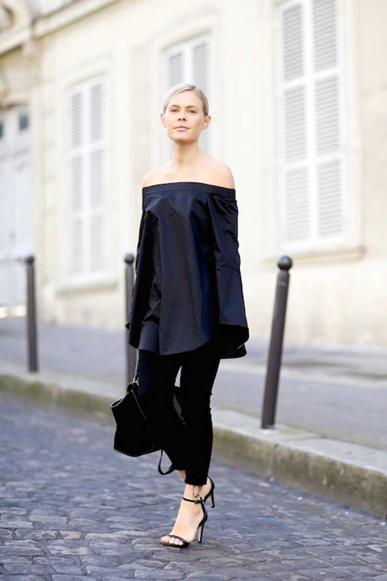 15-Le-Fashion-31-Stylish-Ways-To-Wear-An-Off-The-Shoulder-Look-Tibi-Navy-Tunic-Pants-Sandals-Via-We-The-People