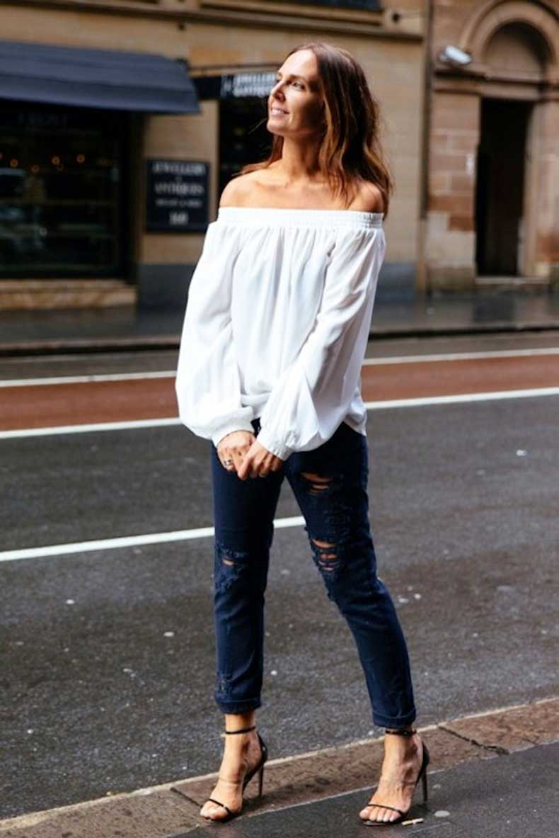 21-Le-Fashion-31-Stylish-Ways-To-Wear-An-Off-The-Shoulder-Look-White-Top-Ripped-Black-Jeans-They-All-Hate-Us