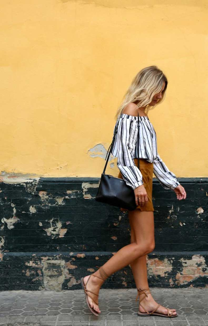 22-Le-Fashion-31-Stylish-Ways-To-Wear-An-Off-The-Shoulder-Look-Striped-Top-Shorts-Lace-Up-Sandals-Via-Fashion-Me-Now