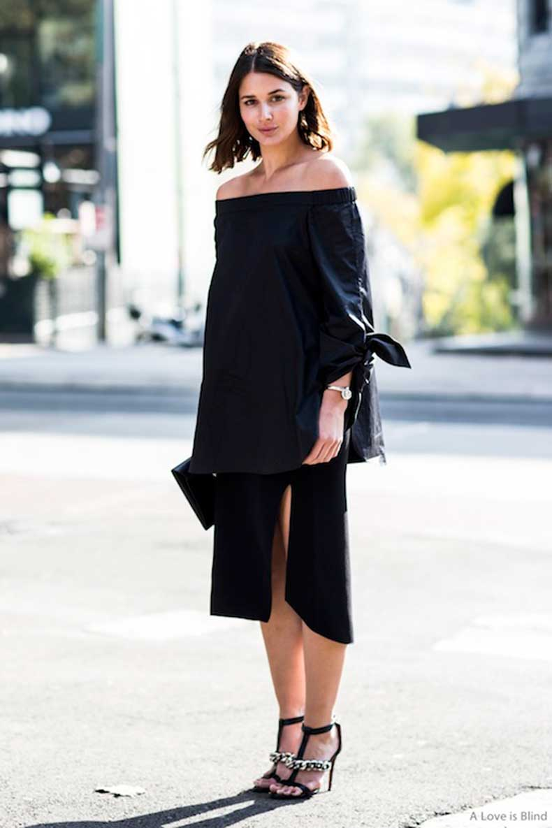 25-Le-Fashion-31-Stylish-Ways-To-Wear-An-Off-The-Shoulder-Look-Navy-Tibi-Top-Sara-Donaldson-Harper-Harley-Via-A-Love-Is-Blind