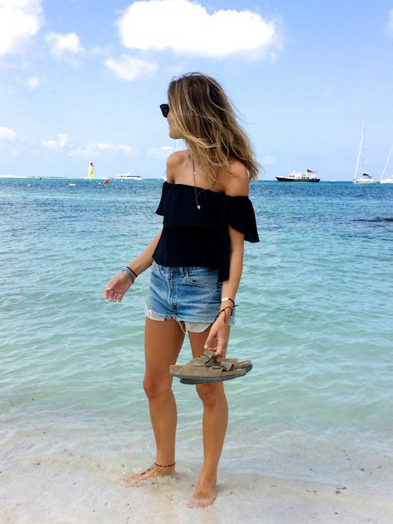 30-Le-Fashion-31-Stylish-Ways-To-Wear-An-Off-The-Shoulder-Look-Black-Top-Cut-Off-Denim-Shorts-Birkenstocks-Fashion-Me-Now