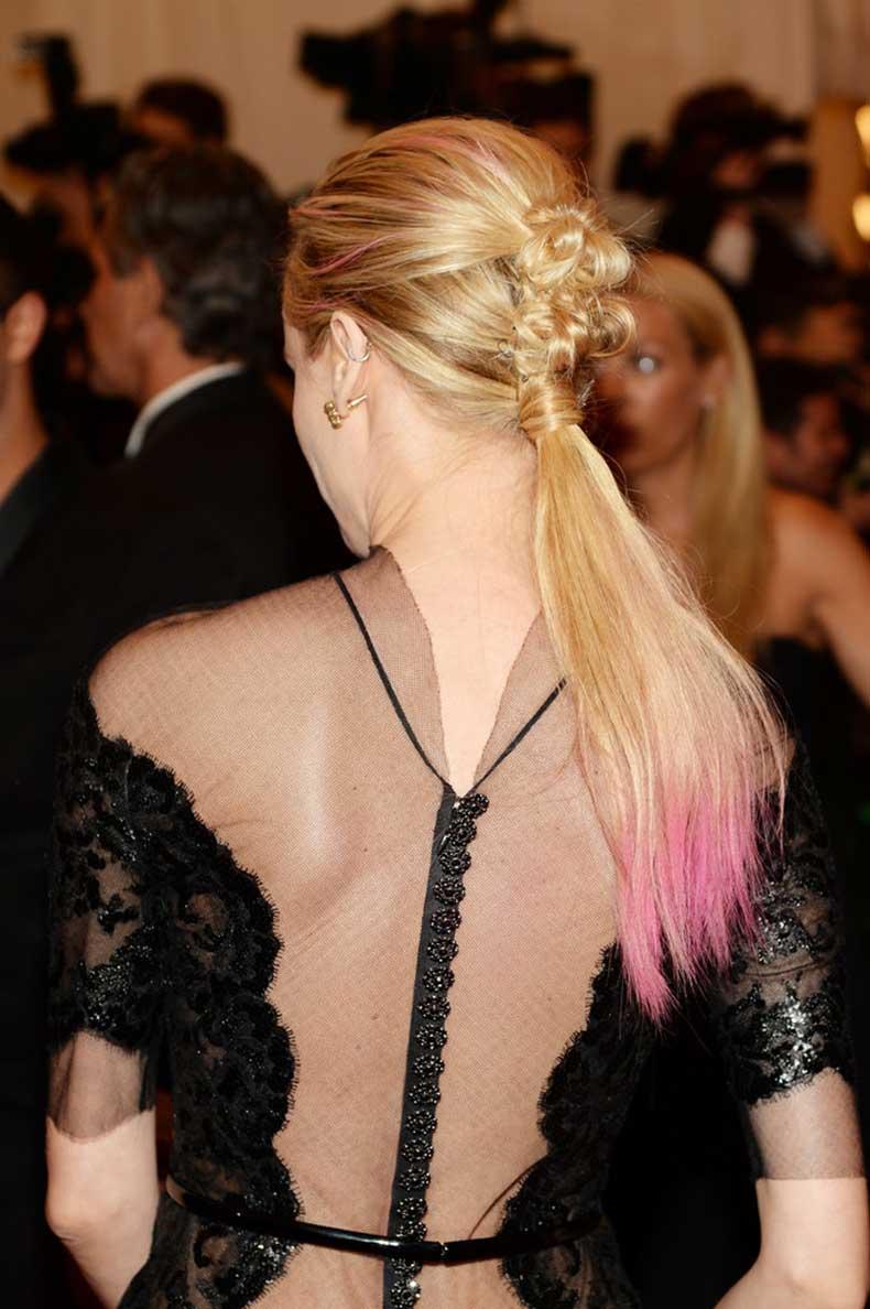 Diane-Kruger-punk-ponytail-Met-Gala-part-chignon