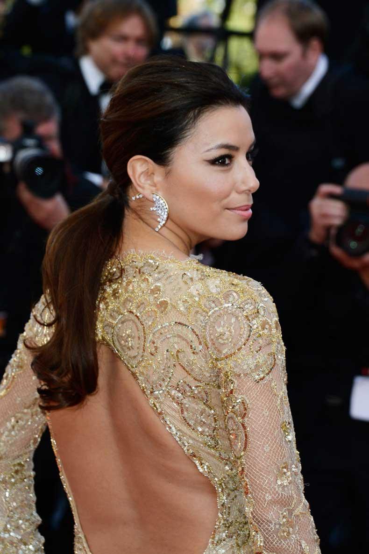 Eva-Longoria-low-ponytail-Le-Passe-premiere-Cannes-had