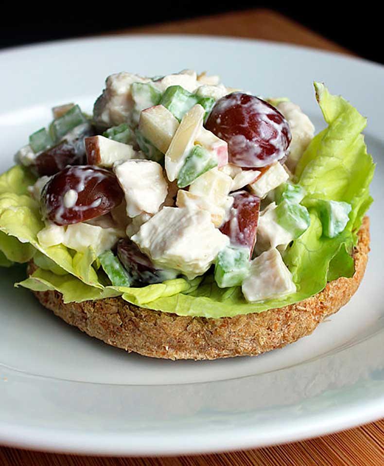 Greek-Yogurt-Chicken-Salad-Sandwich