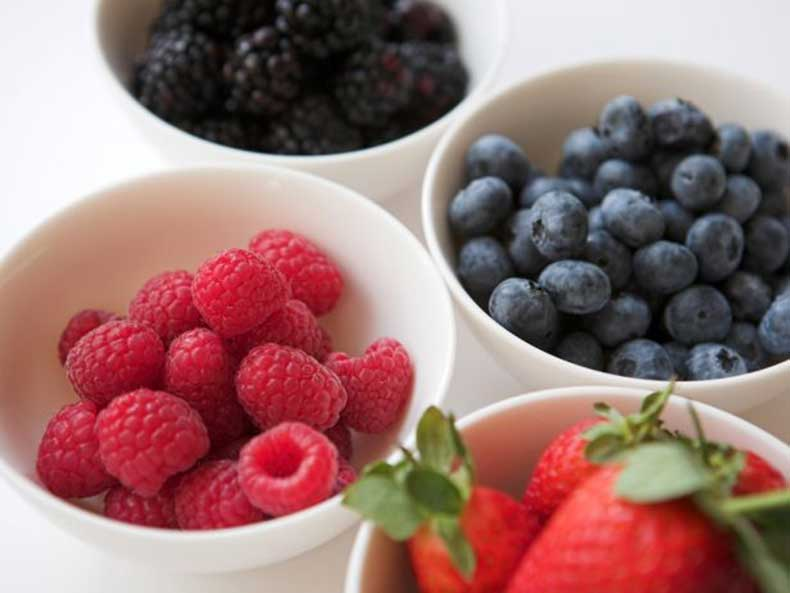 HE_mixed-berries-thinkstock_s4x3.jpg.rend.snigalleryslide