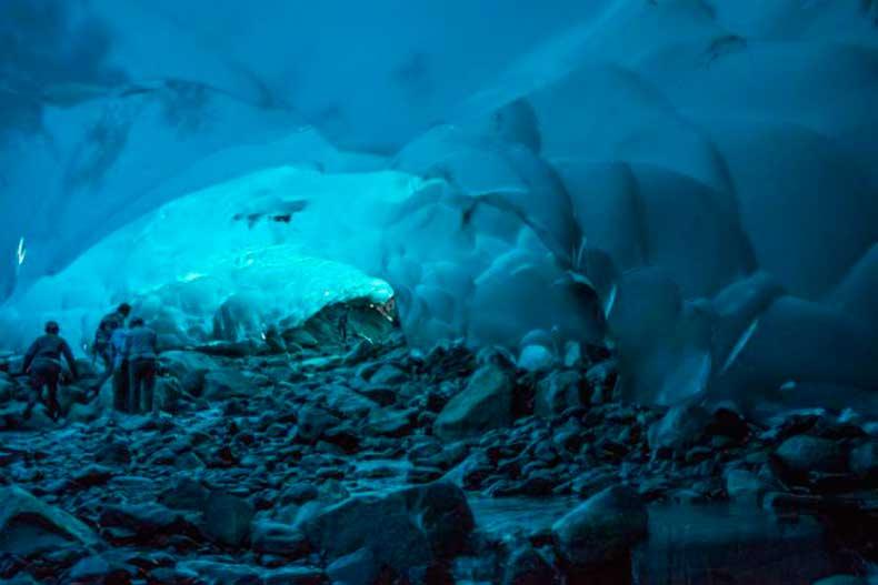 Mendenhall_Ice-Caves_Juneau_Alaska
