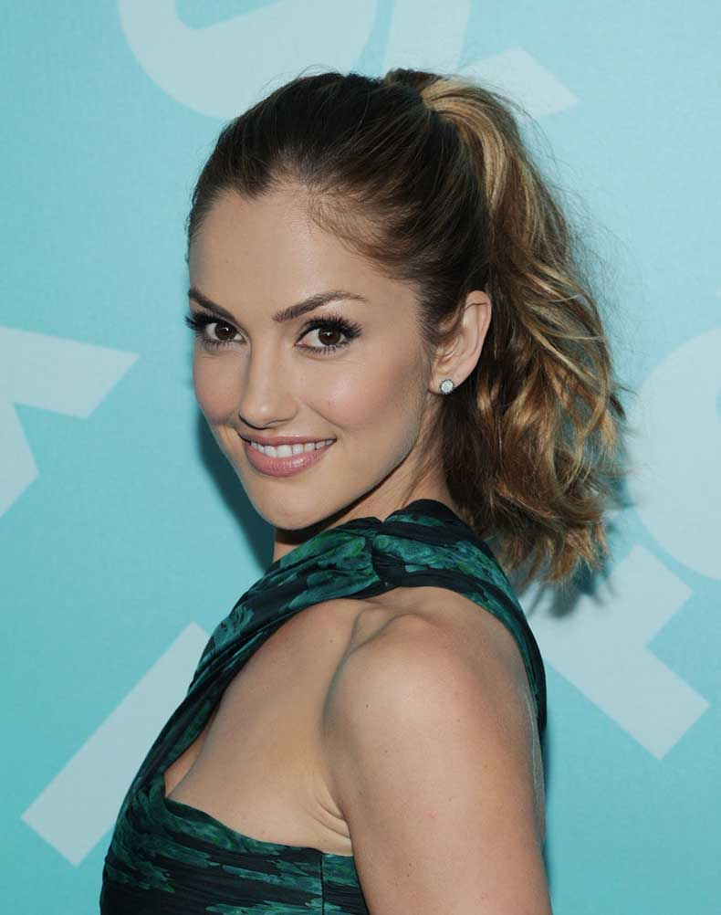 Minka-Kelly-ombré-hair-color-stands-out-best-when-her-hair