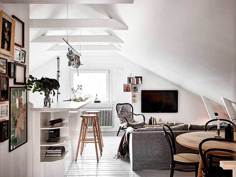 Oracle-Fox-Sunday-Sanctuary-Elsewhere-Small-Apartment-living-Alternative-Scandinvian-Interior-14