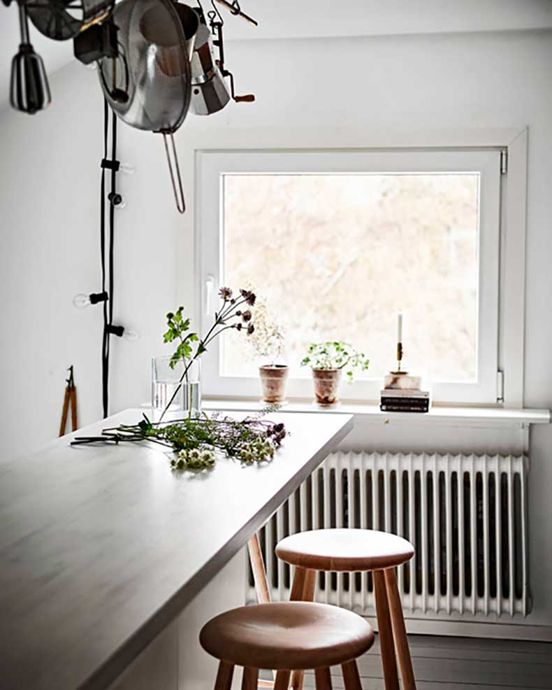 Oracle-Fox-Sunday-Sanctuary-Elsewhere-Small-Apartment-living-Alternative-Scandinvian-Interior-21