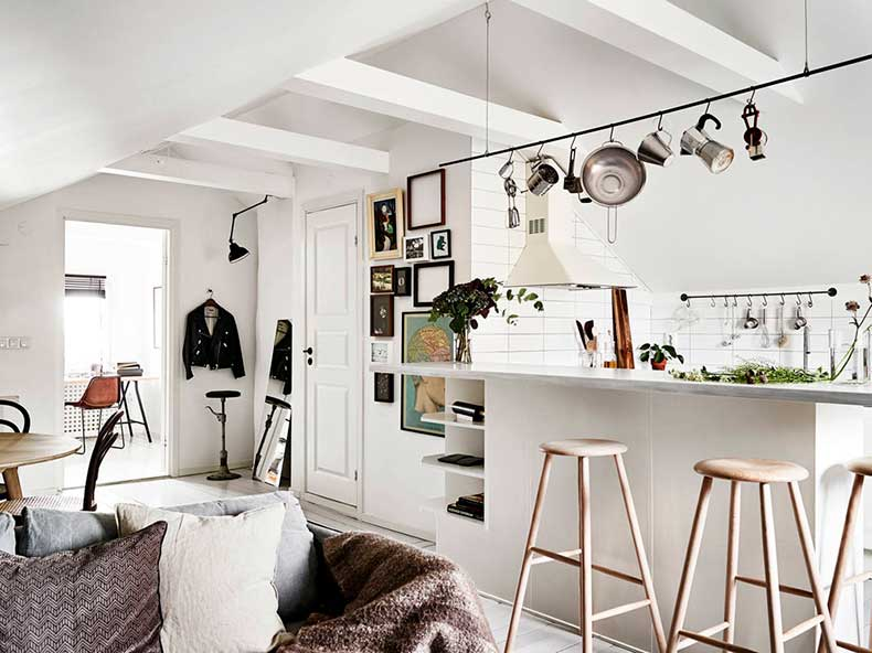 Oracle-Fox-Sunday-Sanctuary-Elsewhere-Small-Apartment-living-Alternative-Scandinvian-Interior-8
