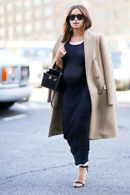 Pregnant-Street-Style-Stars-Fashion-Week-Miroslava-Duma